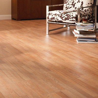 Why Laminate Flooring Might Be The Right Choice For You